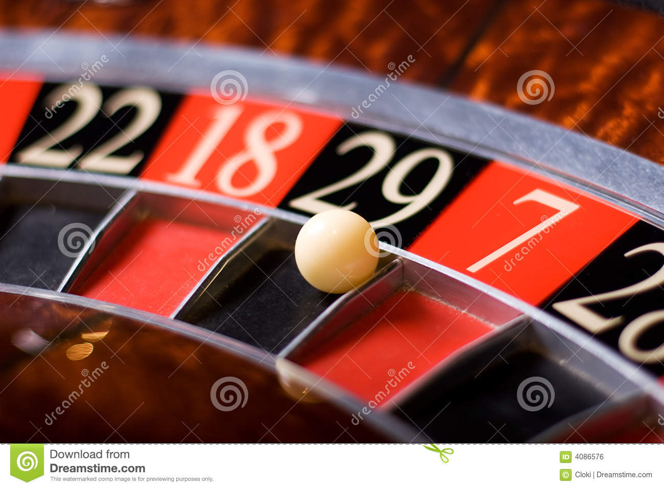 how to win roulette all the time