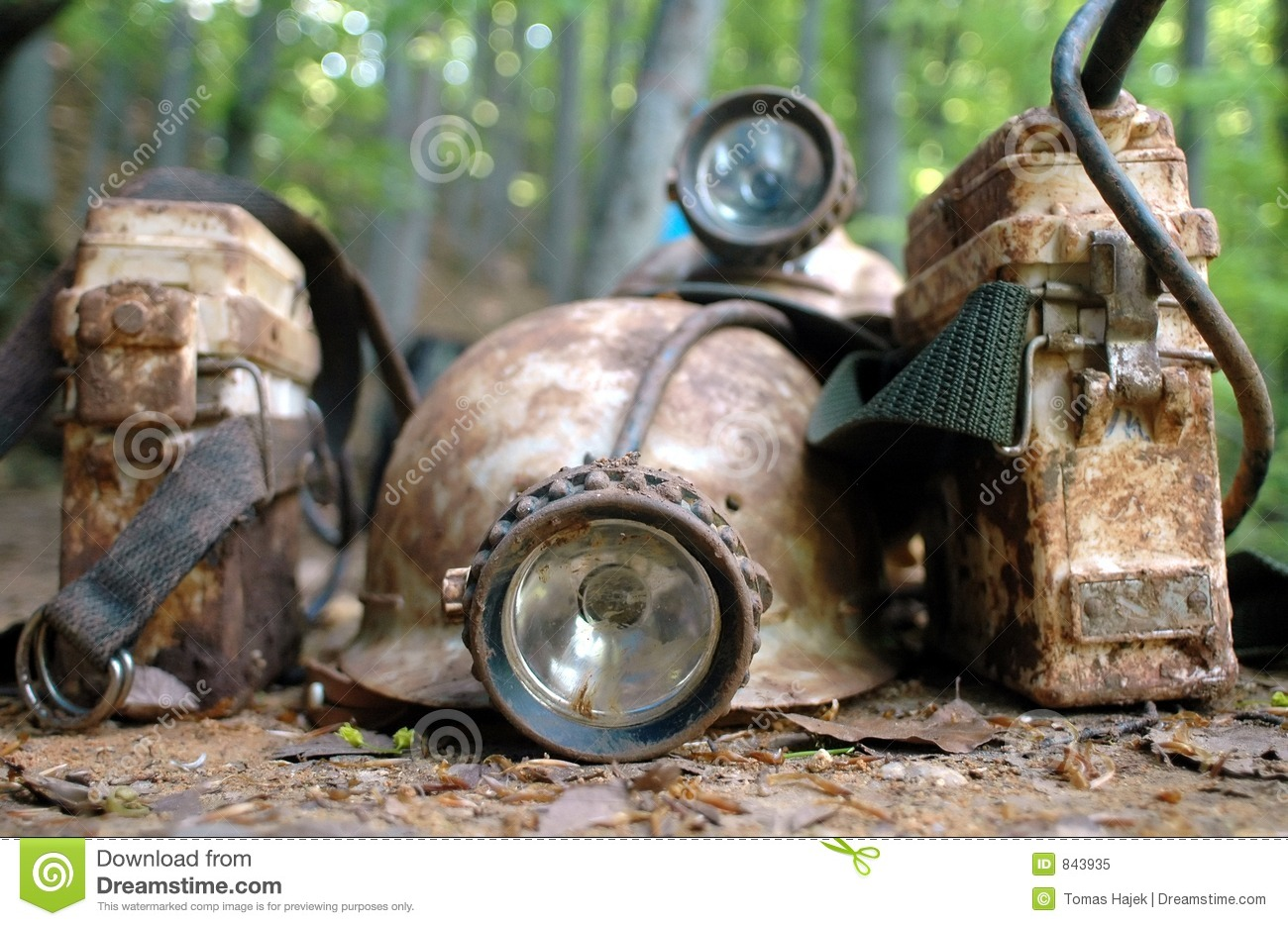 casque de mineur photo libre de droits image 843935. Black Bedroom Furniture Sets. Home Design Ideas