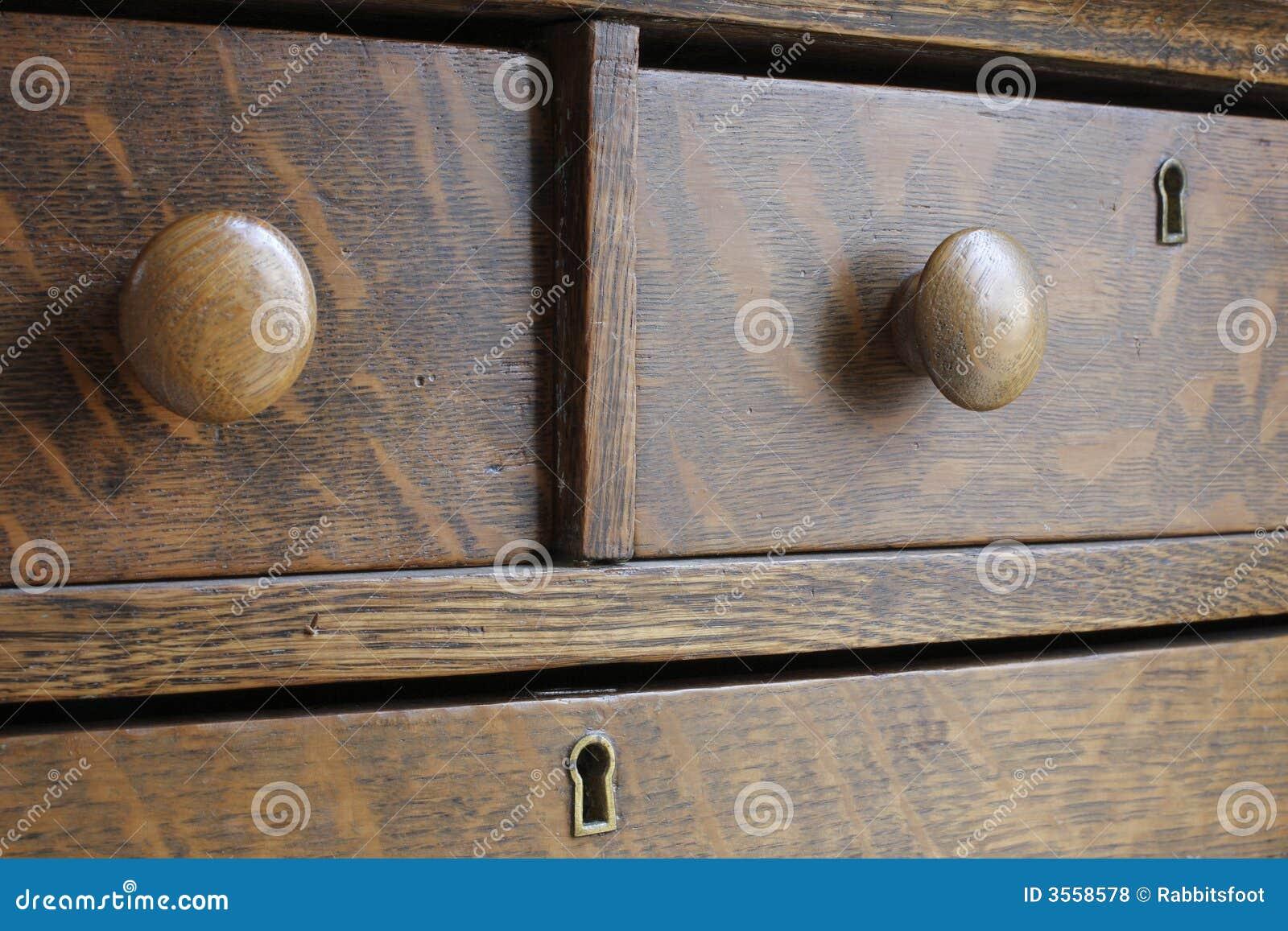 Cassa antica di legno del cassetto