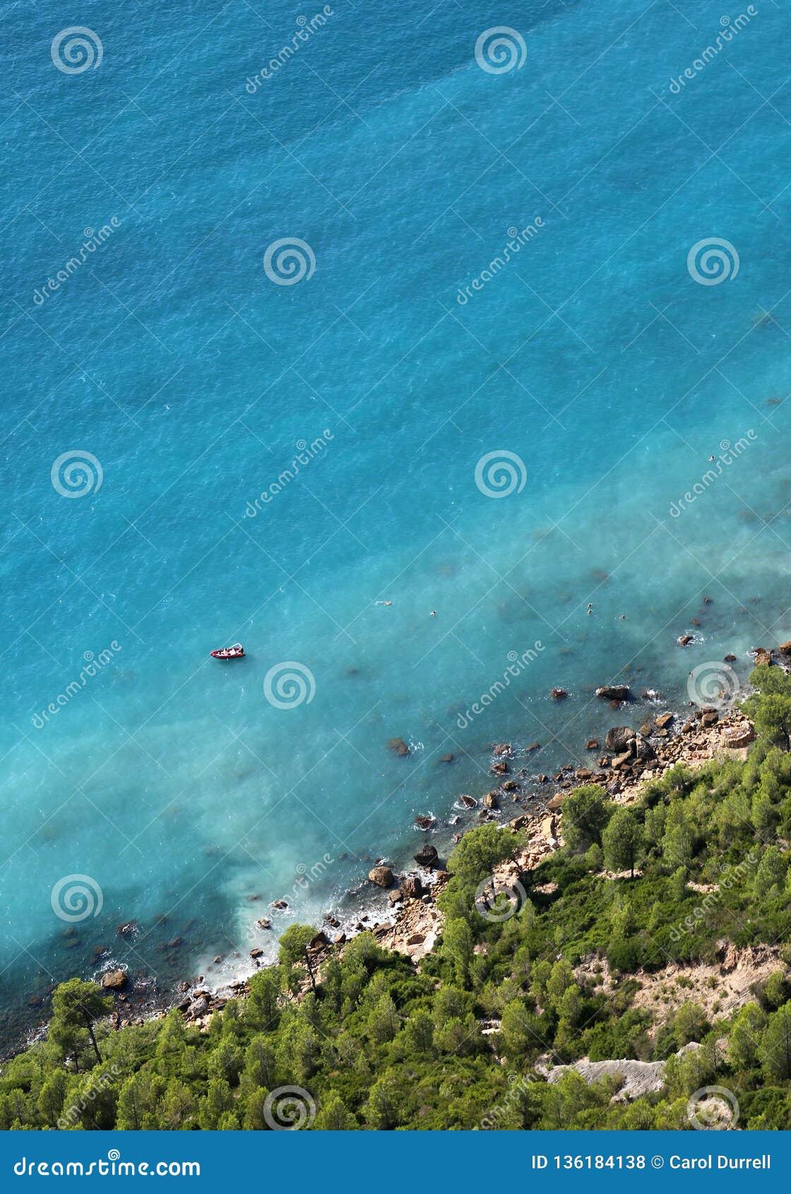 Cassis, Provence, französisches Riviera, segelnd auf ein blaues Azur-Meer