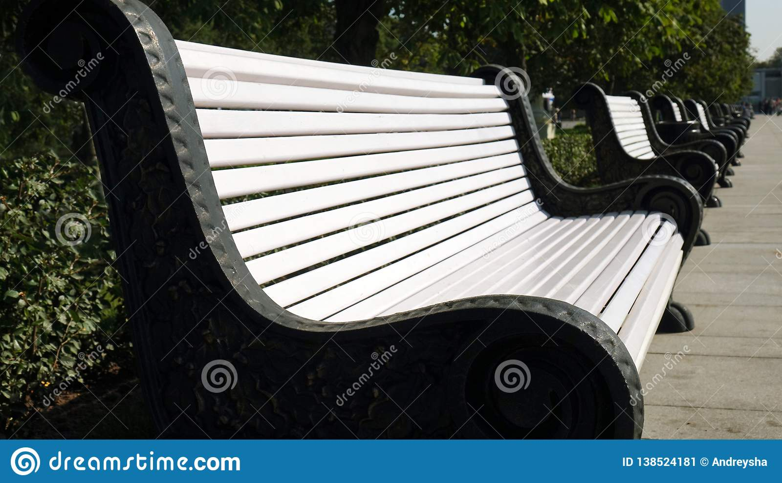 Picture of: Cast Iron Benches With Wooden Slats For Seats Stock Image Image Of Bench Moscow 138524181