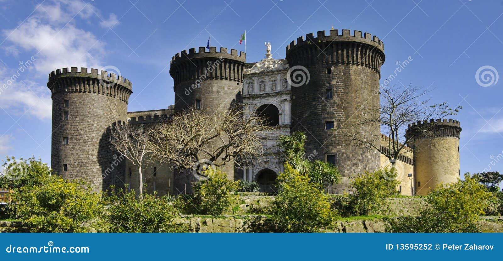 Castel Nuovo. Naples, Italie.