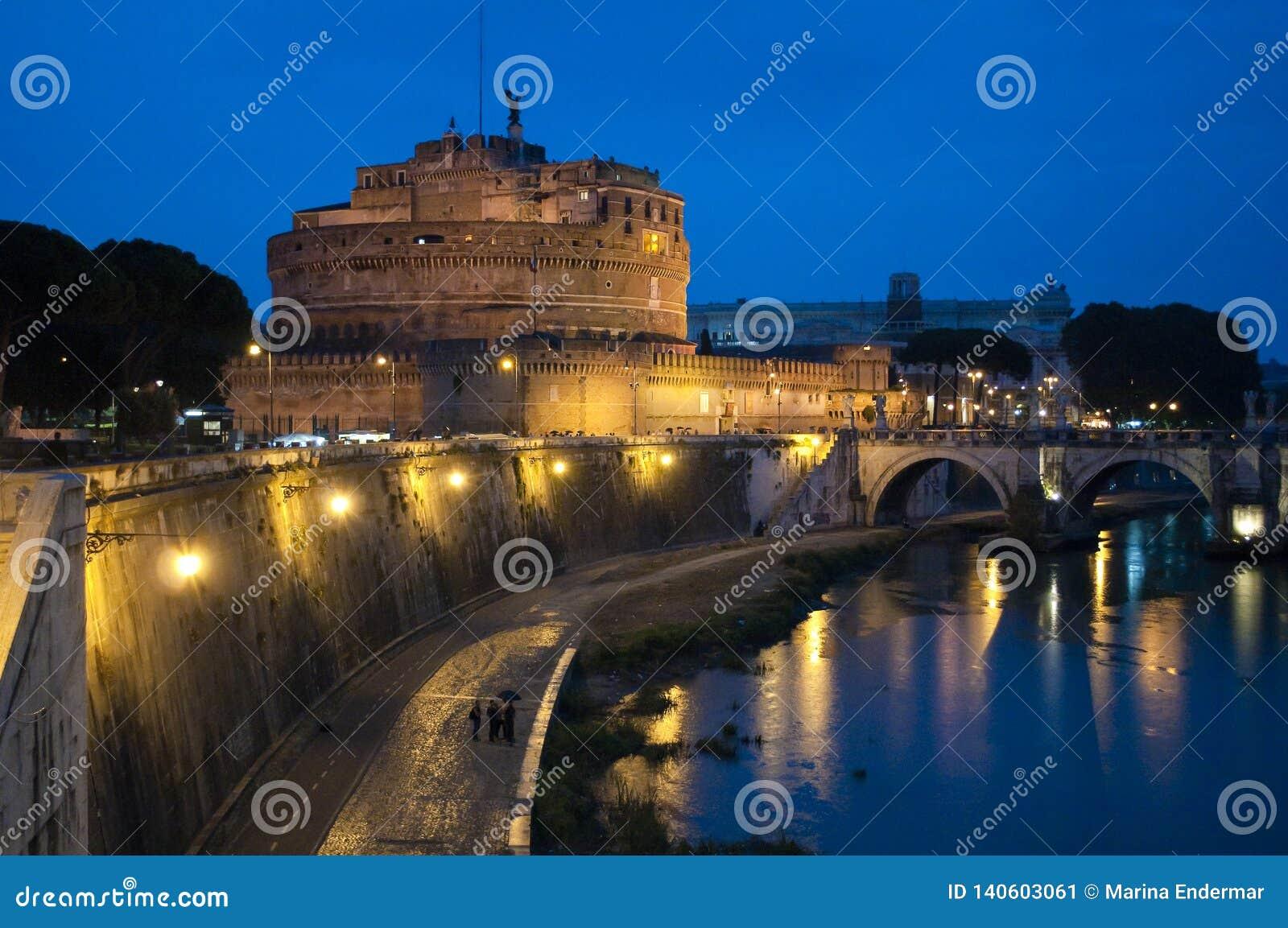 Castel Sant 'Angelo ou mausoléu de Hadrian, Roma, Itália