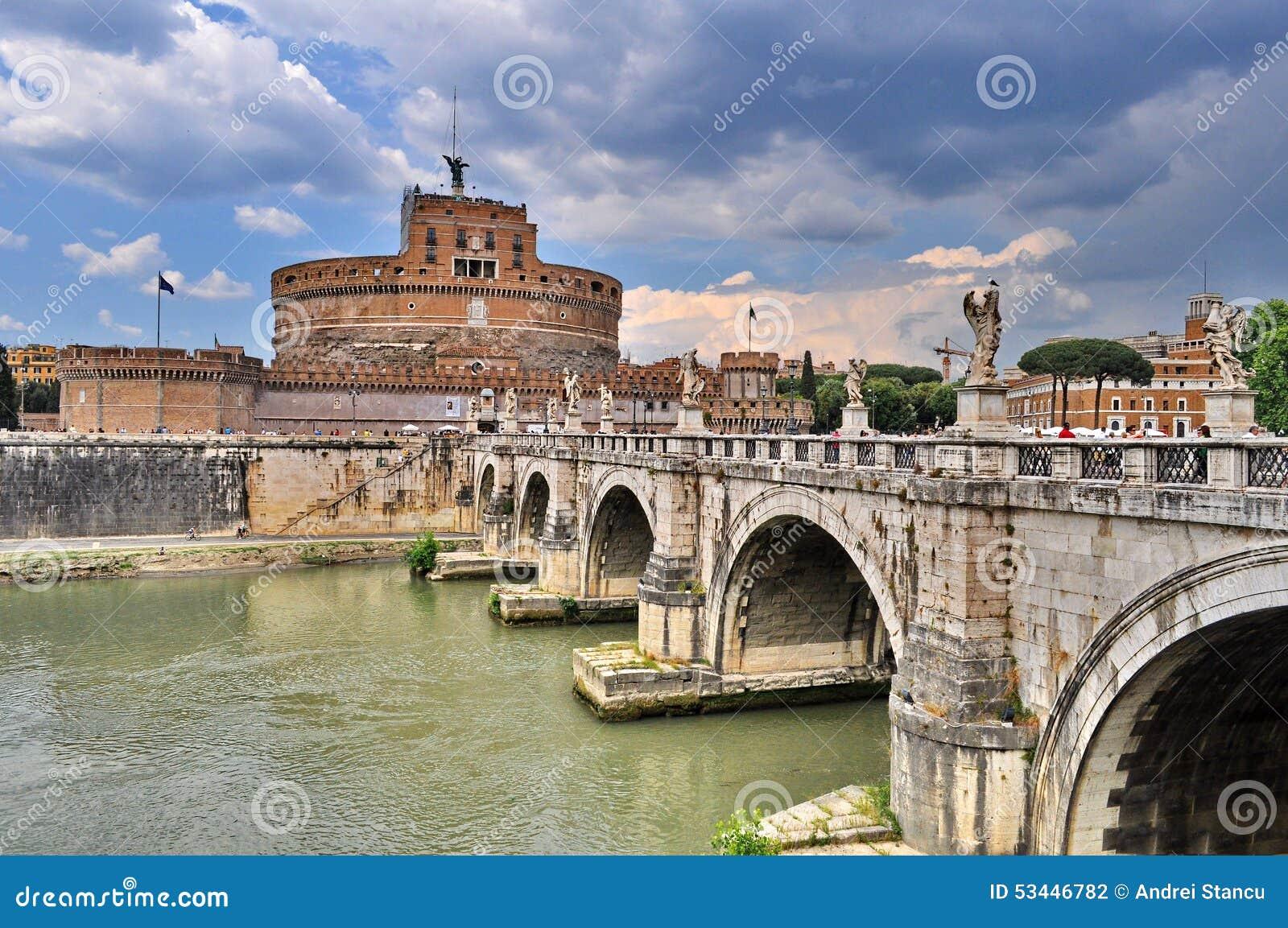 Castel Sant Angelo в Риме, Италии