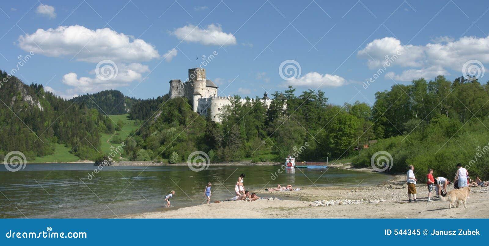 Castel v