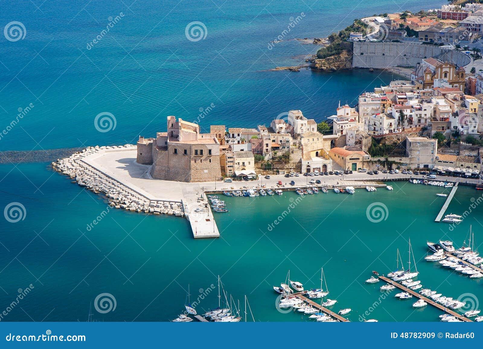 Castellammare del Golfo Italy  city pictures gallery : Castellammare Del Golfo, Sicily, Italy Stock Photo Image: 48782909