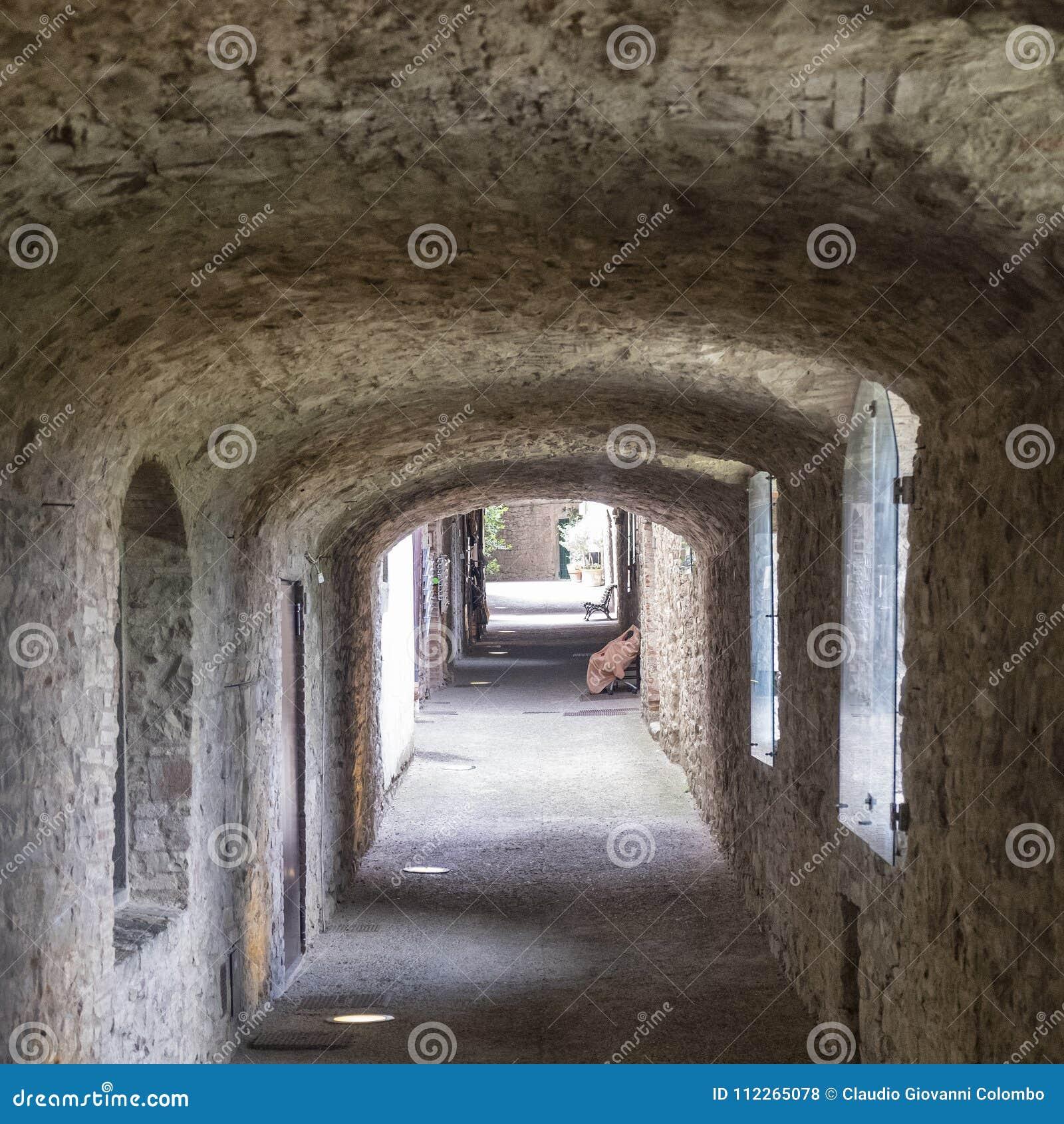 Castellina dans le chianti, ville médiévale de la Toscane