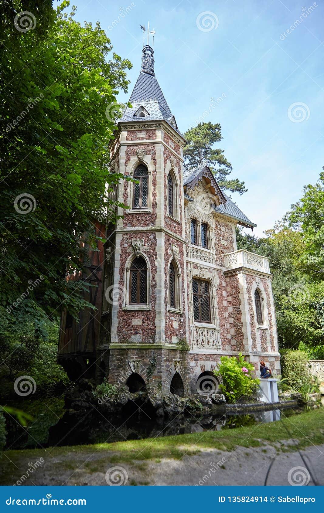 "Castello d ""se nel parco de Monte Cristo"