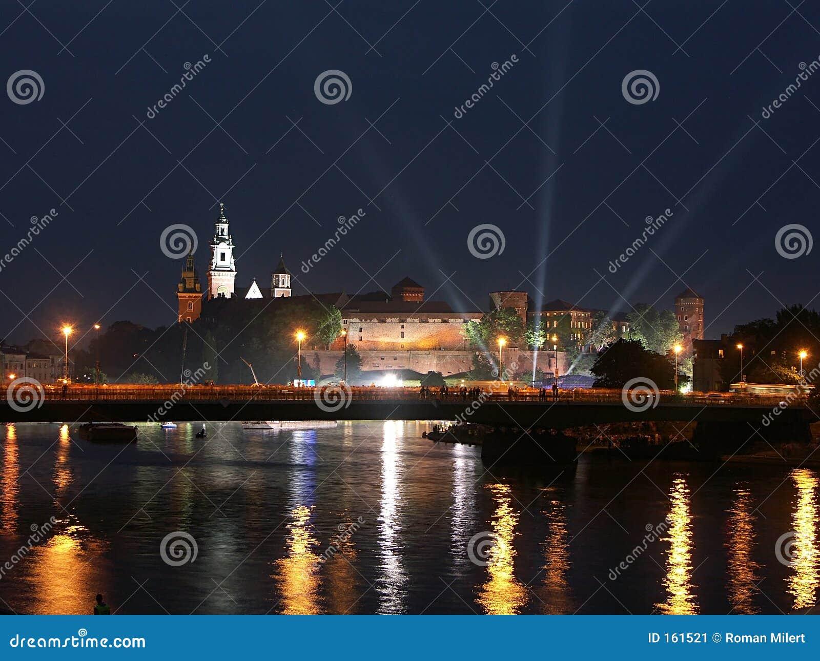 Castello di Wawel entro la notte