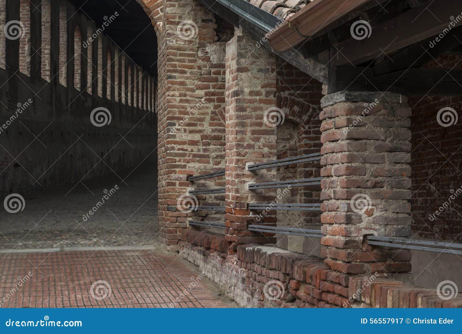 Download Castello Sforcesco στοκ εικόνα. εικόνα από δουκικός, παλάτι - 56557917