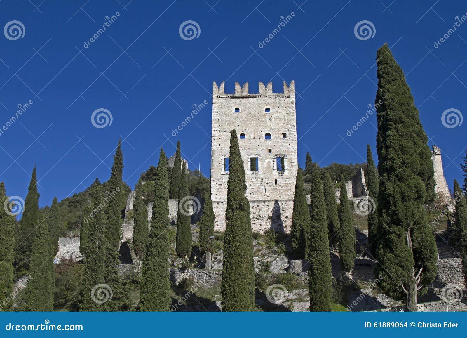 Castellodi Arco in Trentino