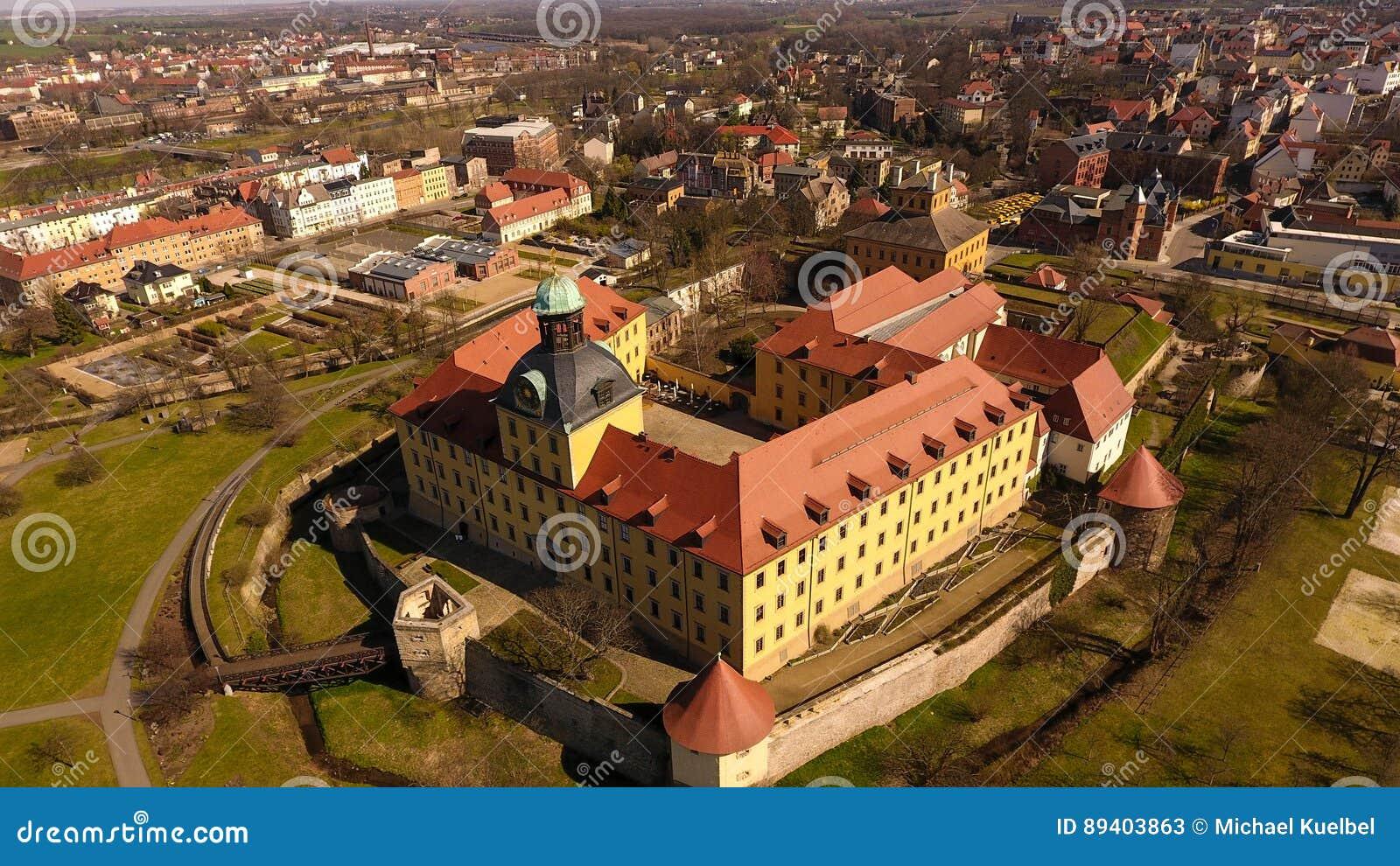 Castelo barroco Moritzburg em Zeitz