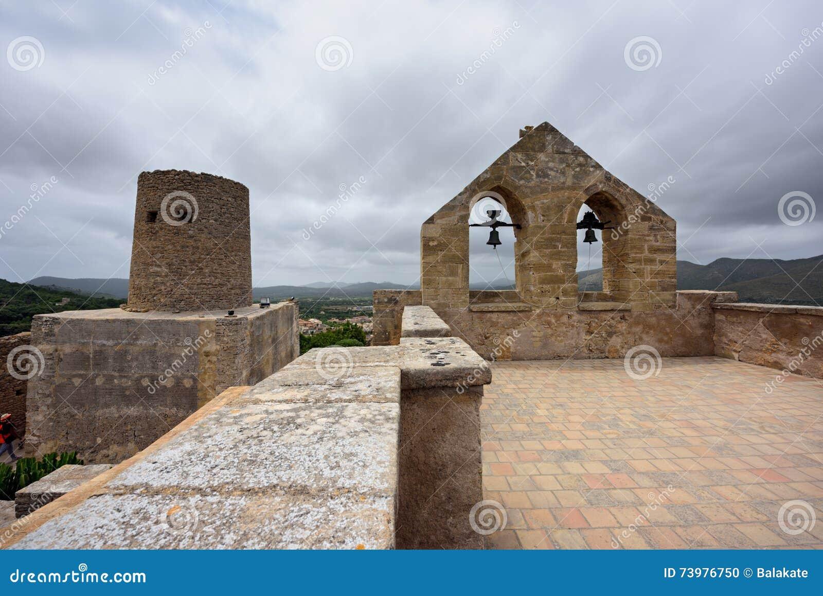 Castelo de Capdepera A municipalidade Capdepera, ilha Majorca, Espanha