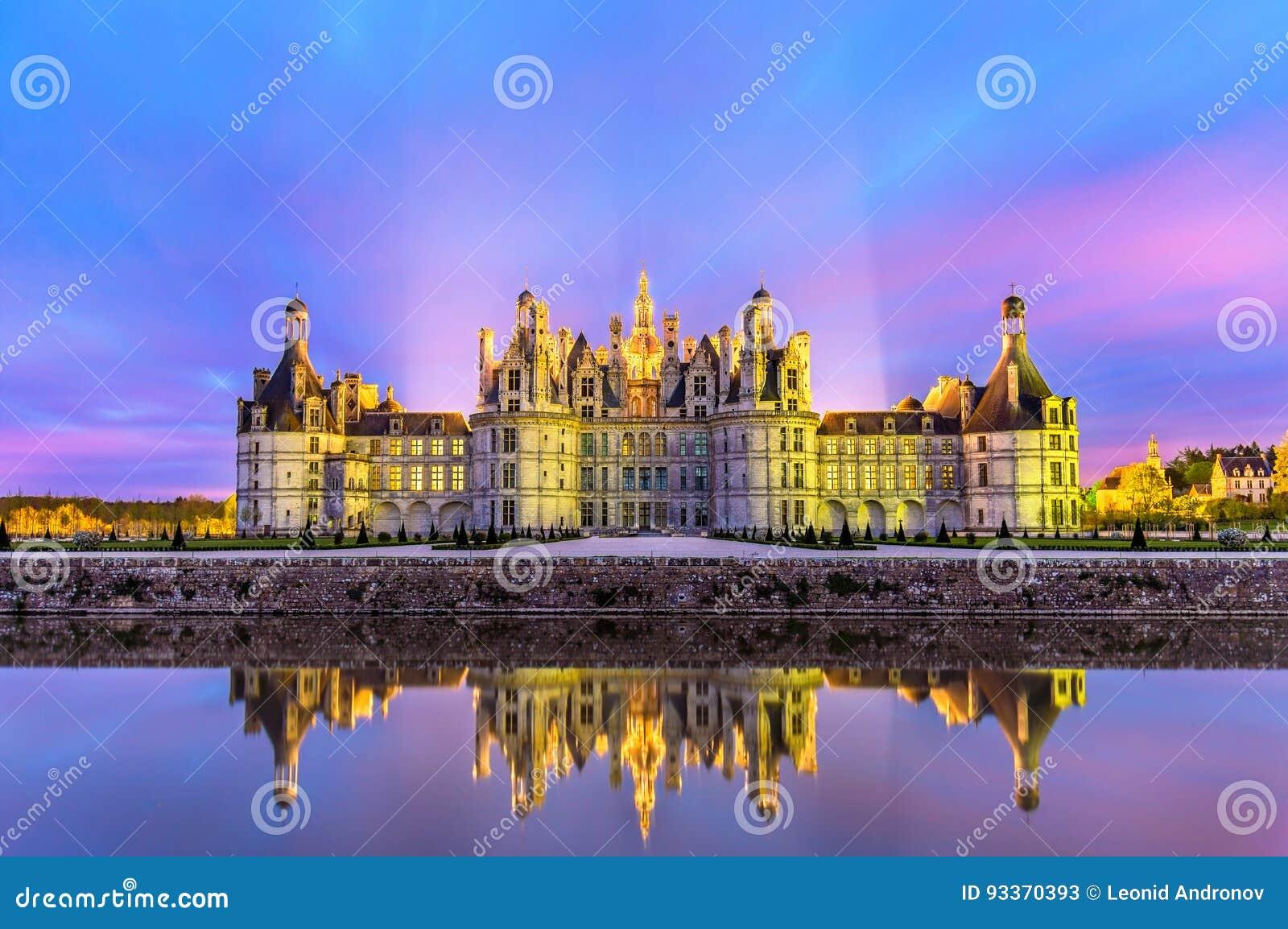 Castelo de Chambord, o castelo o maior no Loire Valley - o França
