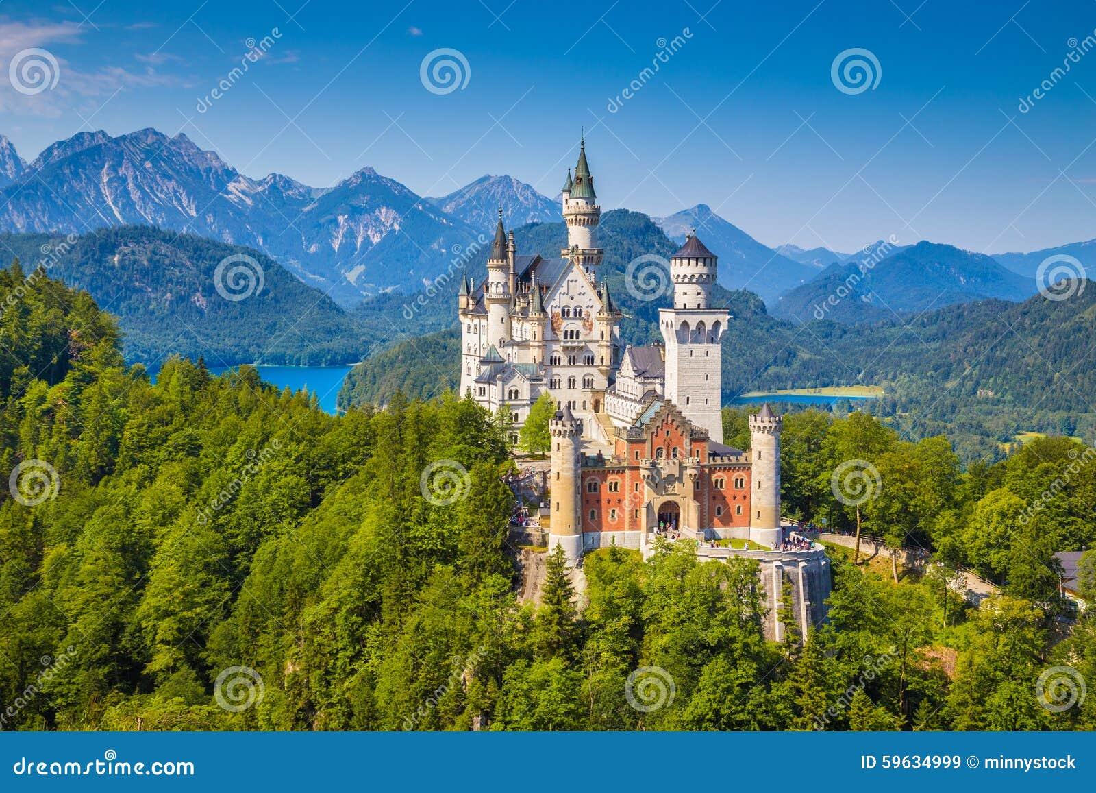 Castelo do conto de fadas de Neuschwanstein, Baviera, Alemanha