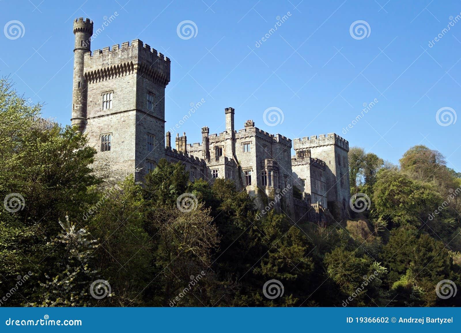 Castelo medieval em Lismore
