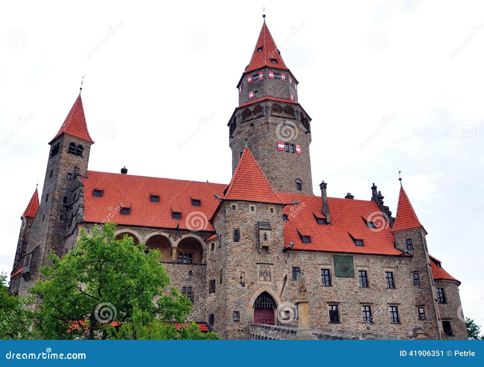 Castillo de Bouzov, República Checa, Europa