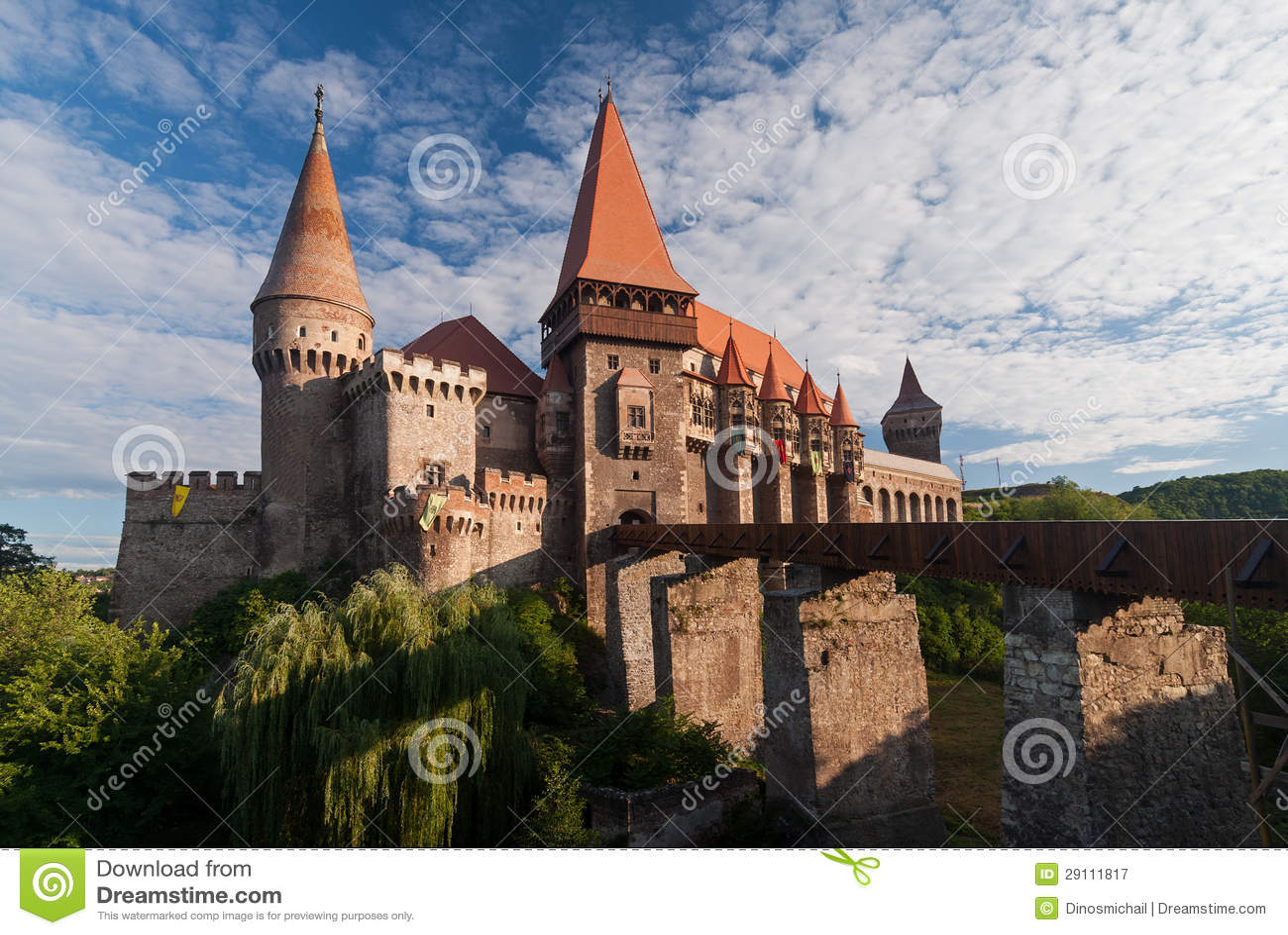 Castillo de Corvin, Rumania