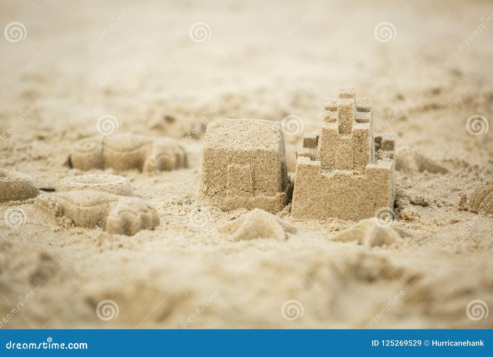 Castillo de la arena en la playa