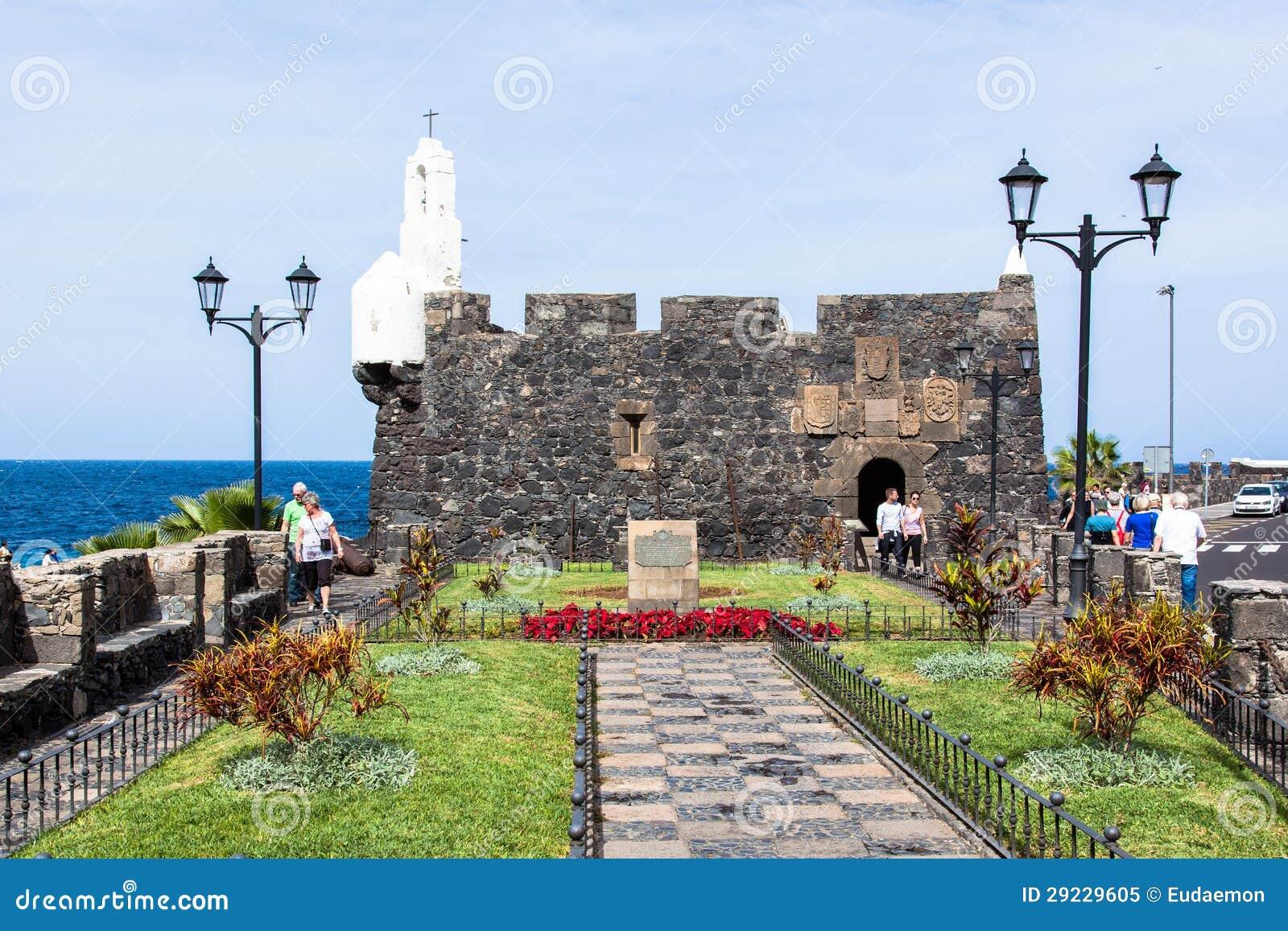 Download Castillo De San Miguel Em Garachico Imagem Editorial - Imagem de canário, cruz: 29229605