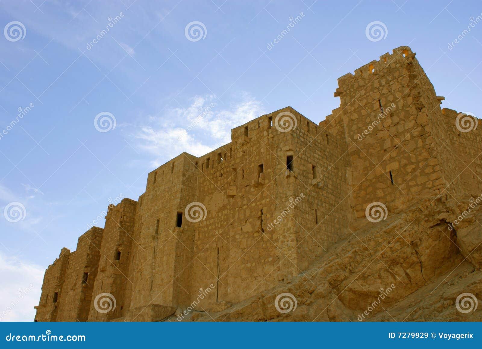 Castillo en el Palmyra antiguo, Siria