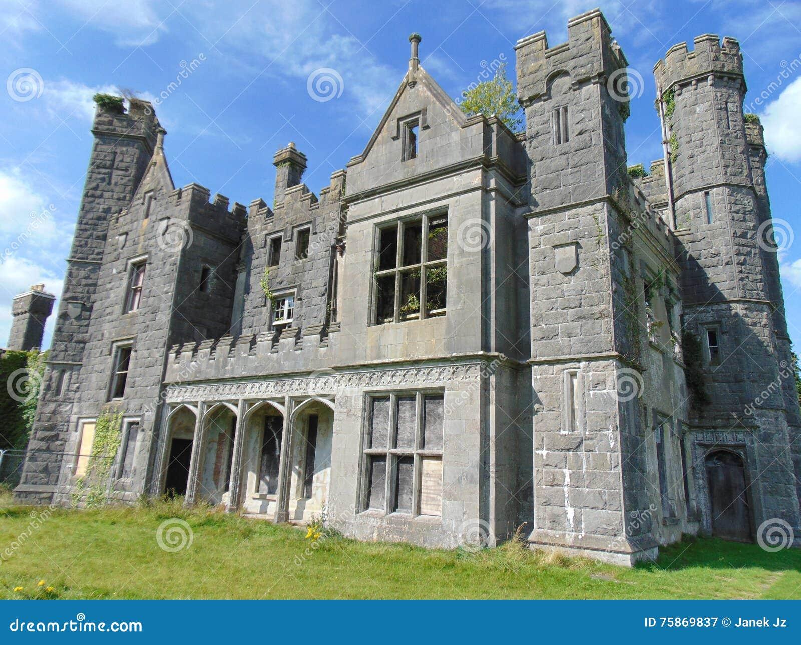 Castillo irlandés viejo