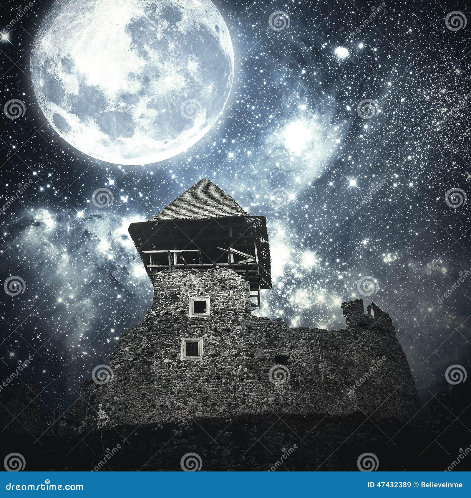Castillo medieval misterioso