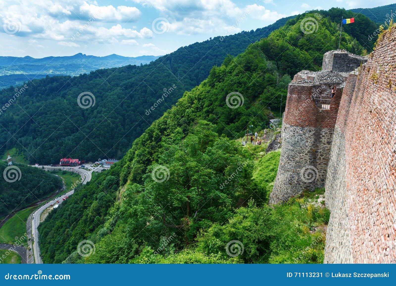 Castillo real de Drácula y x28; Poenari Castle& x29; , Transilvania, Rumania
