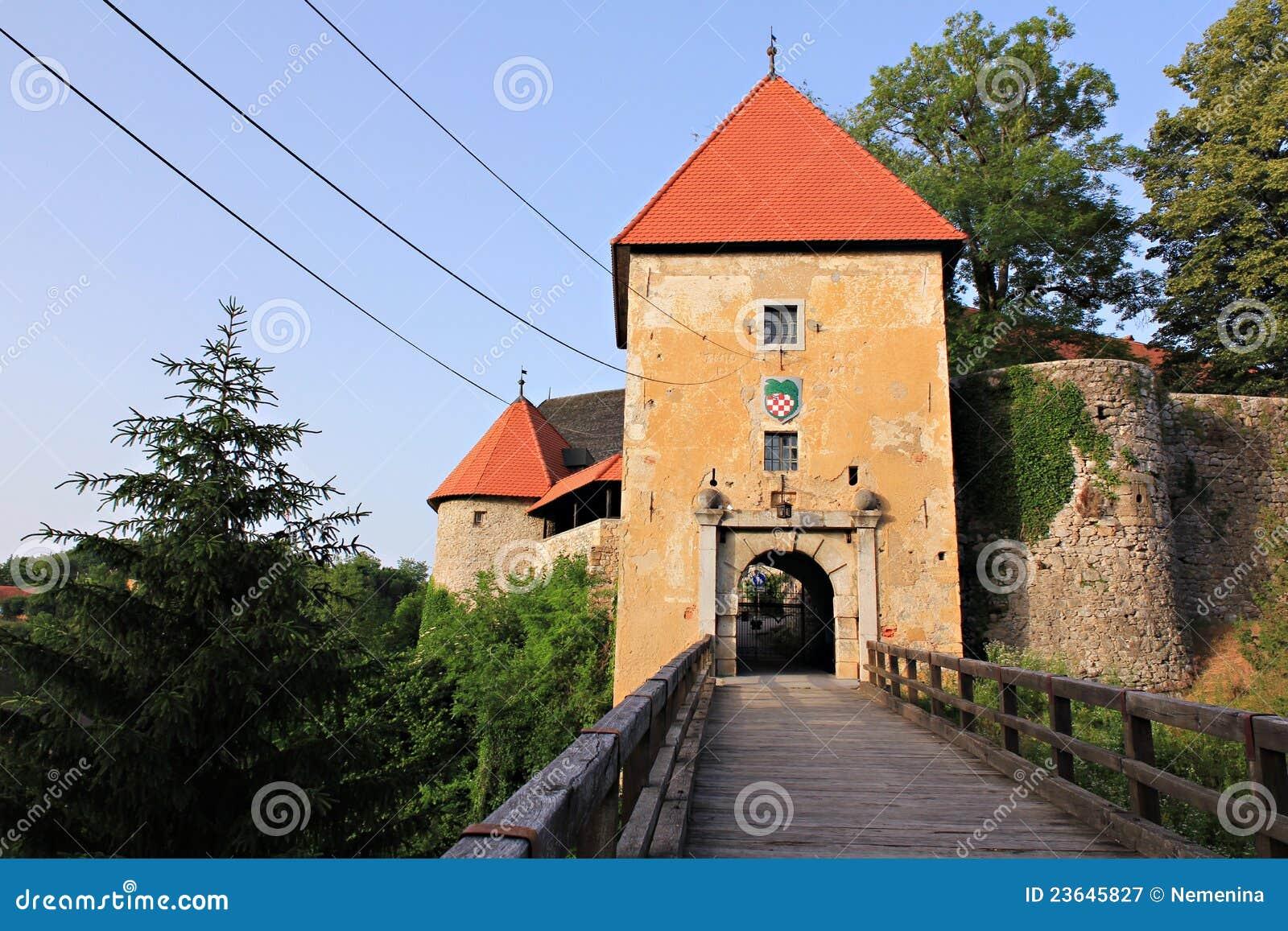 Castillo romántico viejo en croatia
