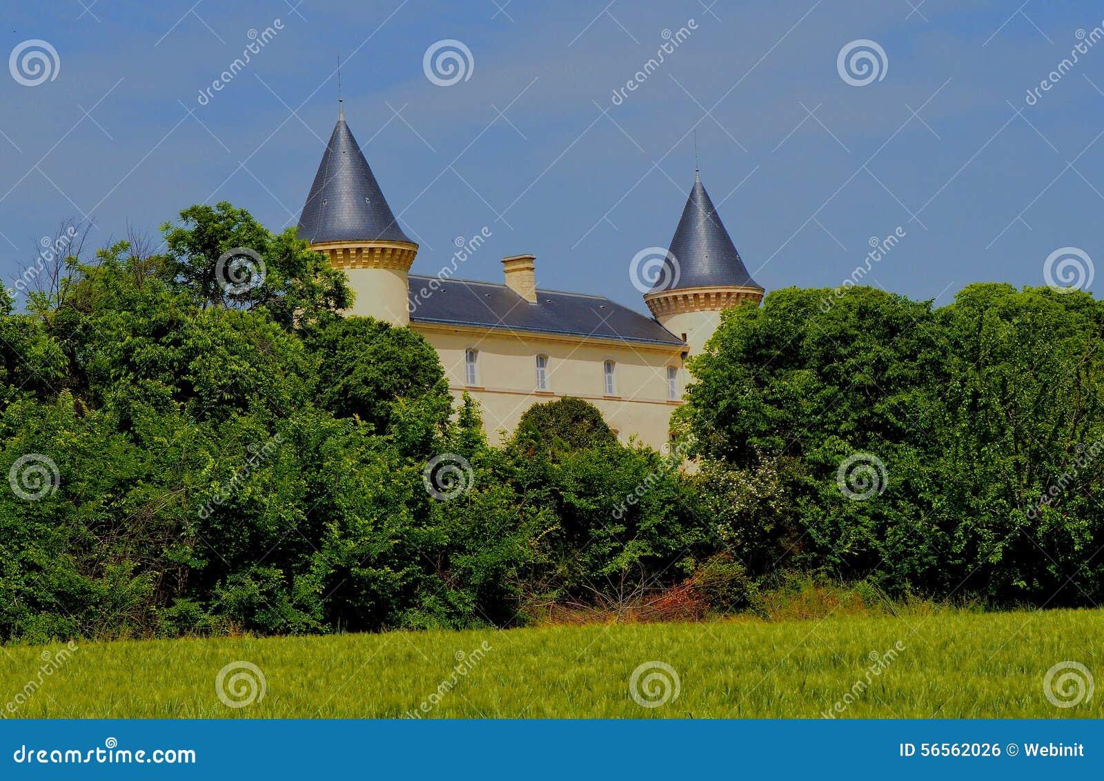 Download Castle στη νότια Γαλλία στοκ εικόνες. εικόνα από παλαιός - 56562026