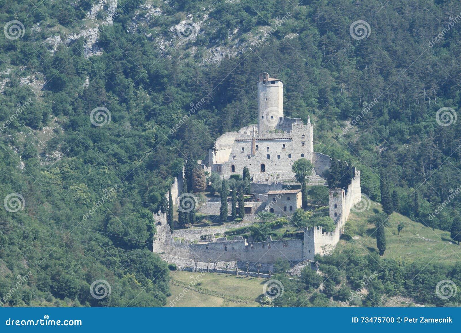 Castle Castello di Sabbionara