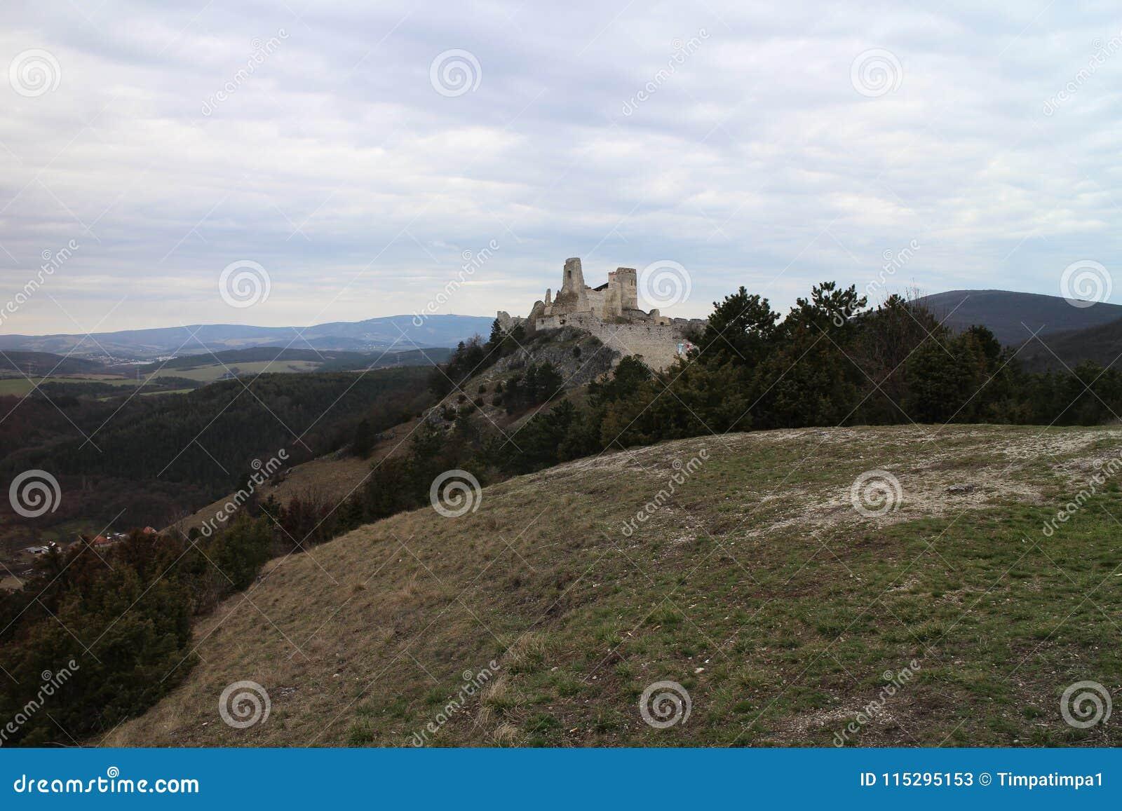 Castle of Countess Elisabeth Báthory, Čachtice