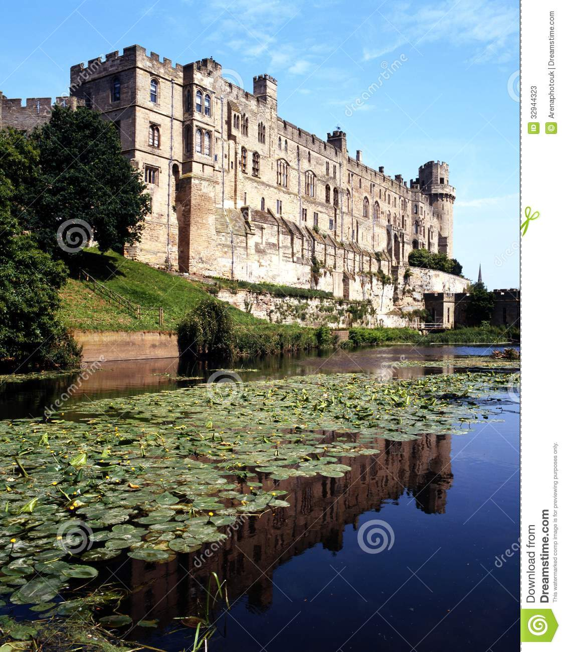 Castle And Moat Warwick England Stock Photos Image