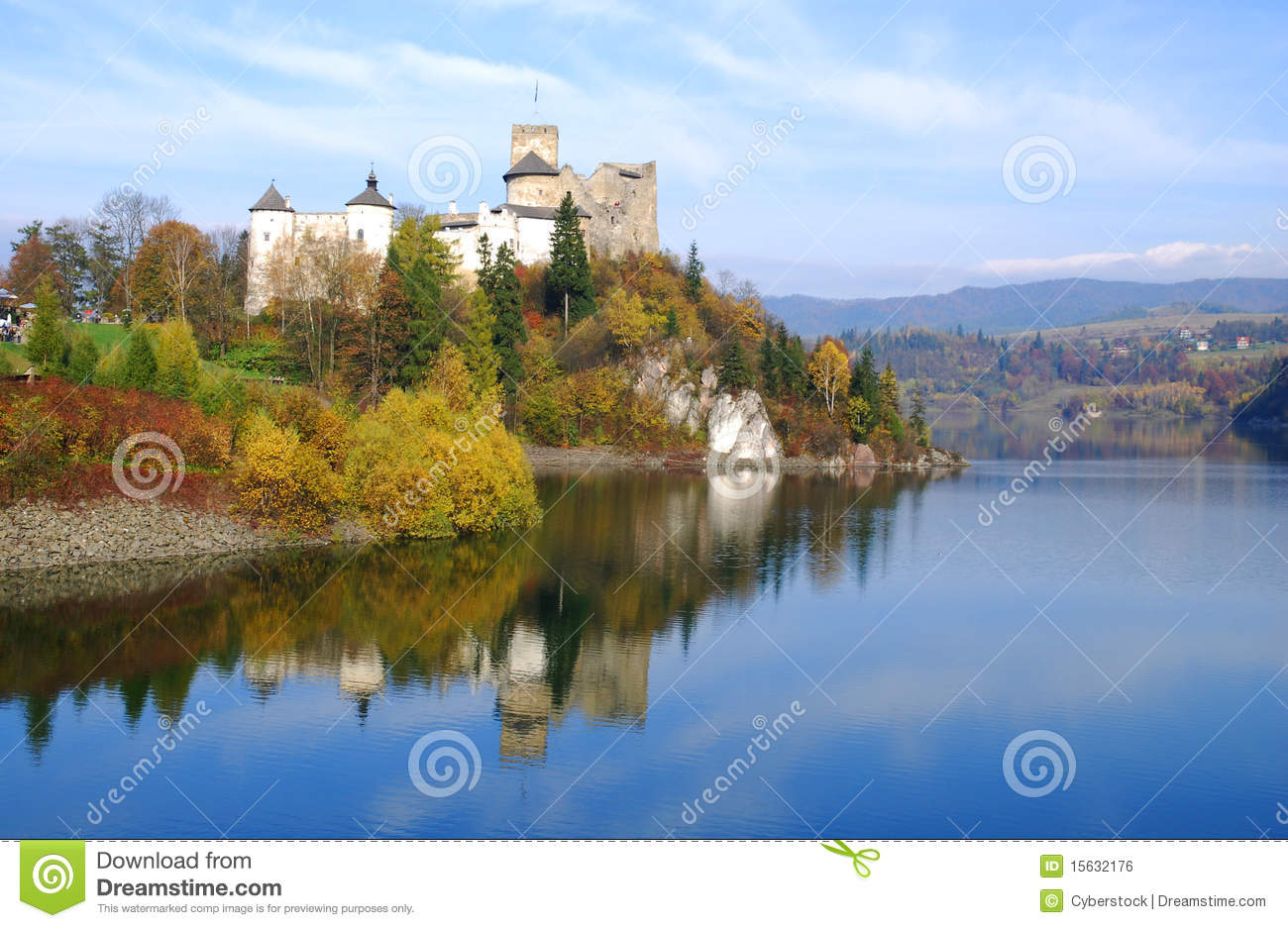 Castle in Niedzica. Poland
