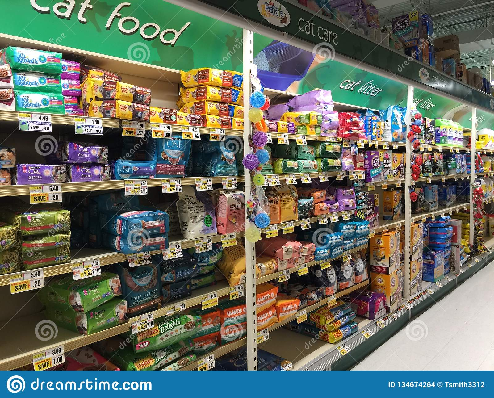 Cat Food Cat Litter Pet Supplies Section Grocery Store