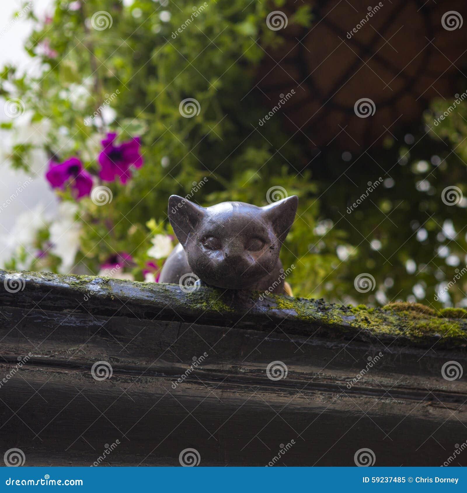 Download Cat Statue en York imagen editorial. Imagen de historia - 59237485