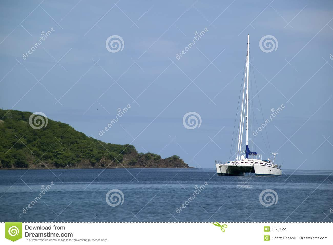 Catamaran sur l horizon