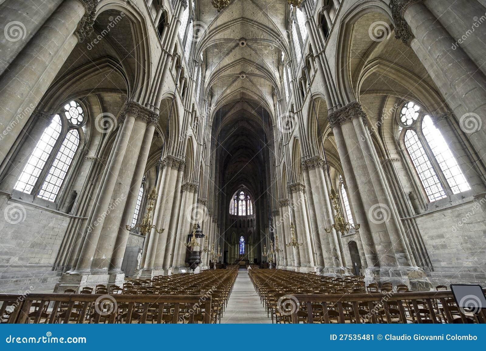 Catedral De Reims Interior Imagen De Archivo Imagen