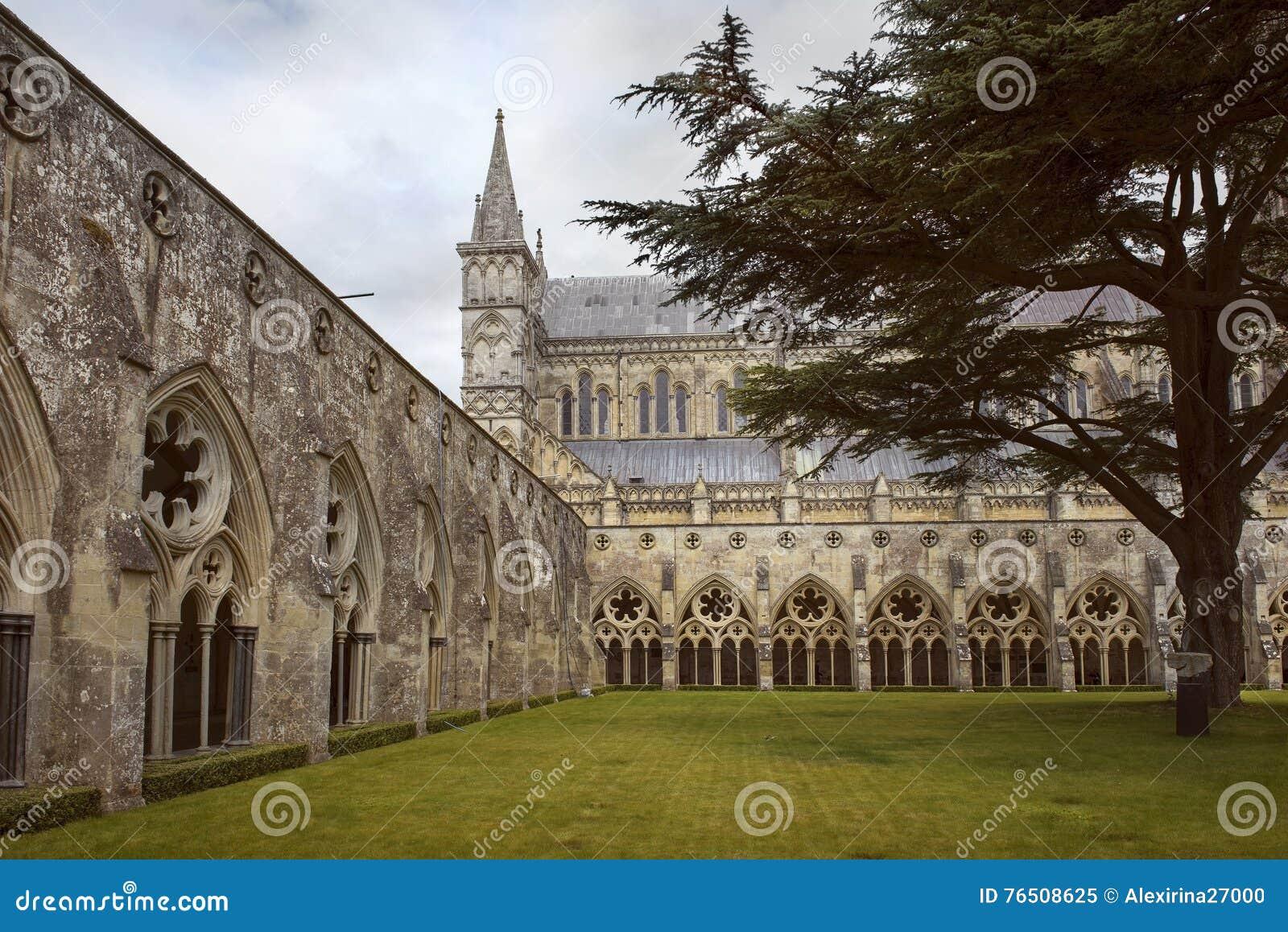 Catedral de Salisbúria, catedral anglicana em Salisbúria, Inglaterra