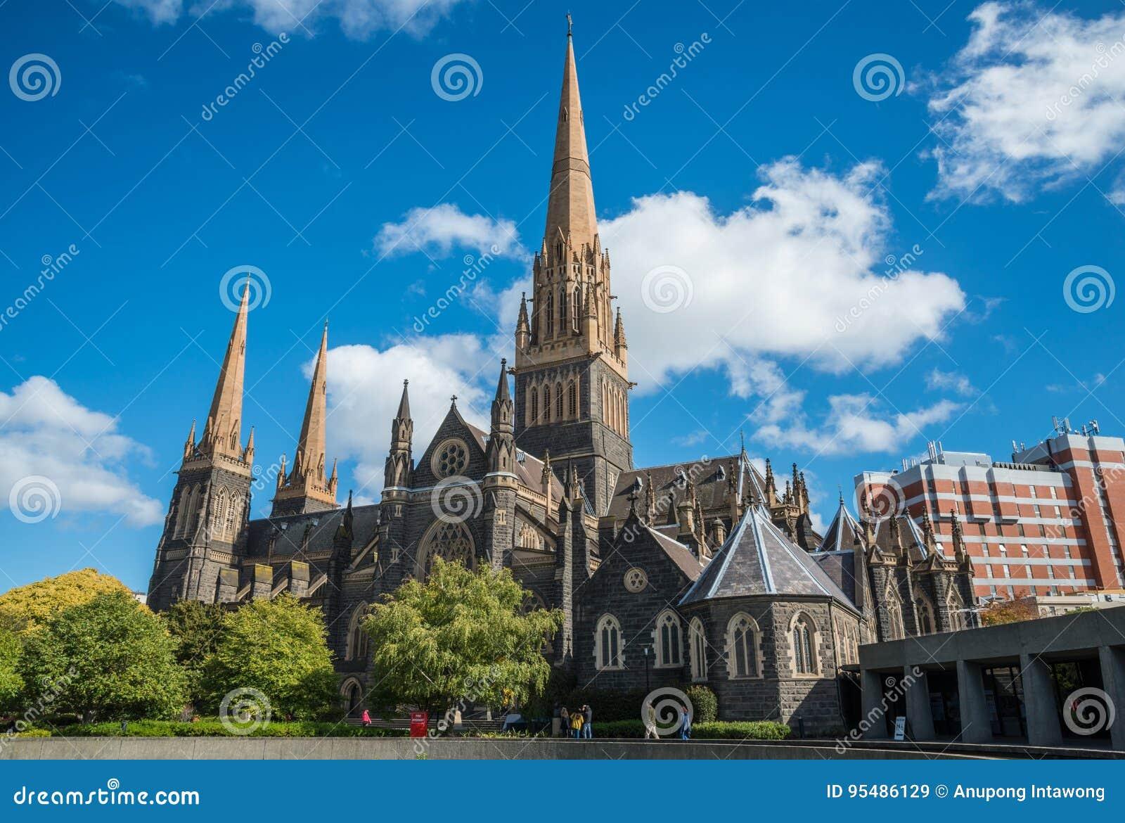 Catedral de St Patrick a igreja a mais grande em Melbourne, Austrália