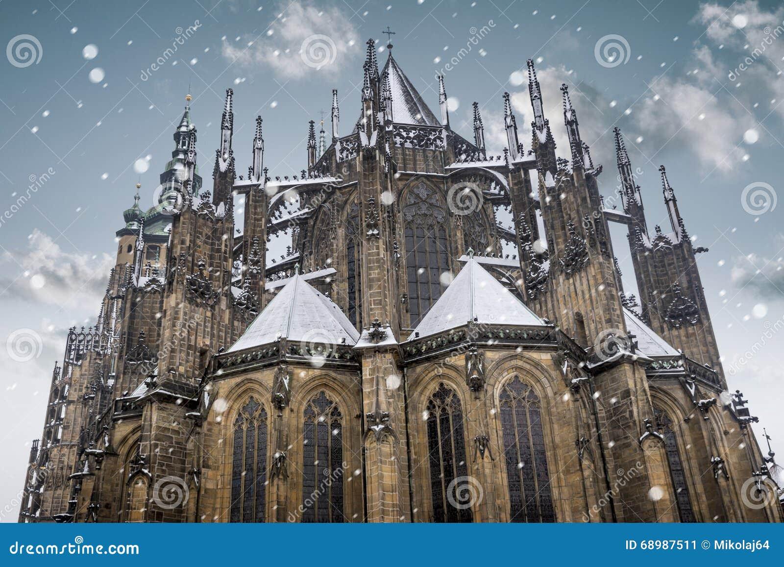 Catedral del St Vitus en la ciudad vieja de Praga, República Checa