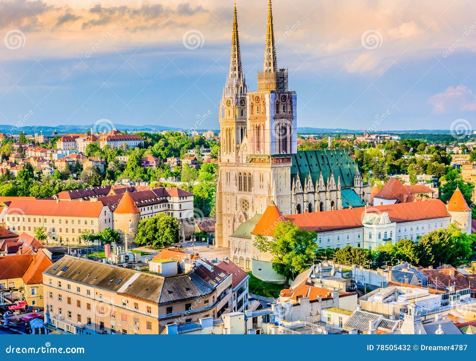 Catedral en Zagreb, Croatia