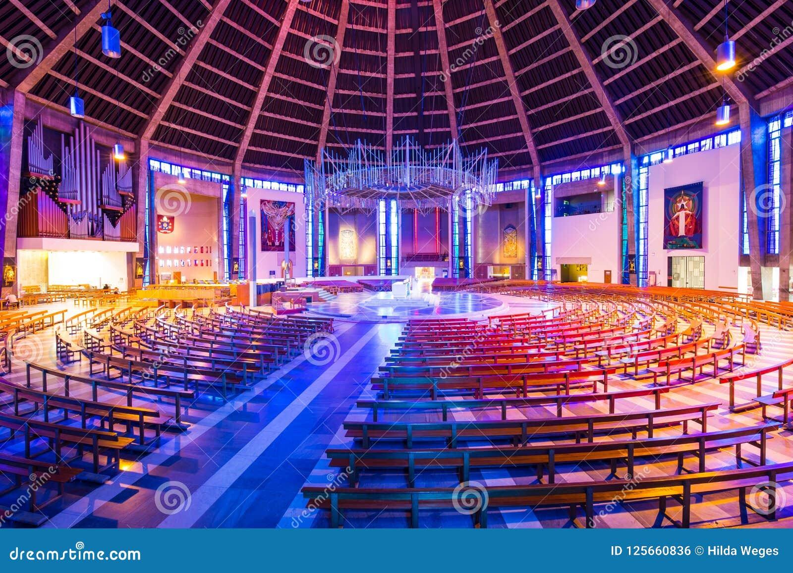 Catedral metropolitana en Liverpool, Reino Unido