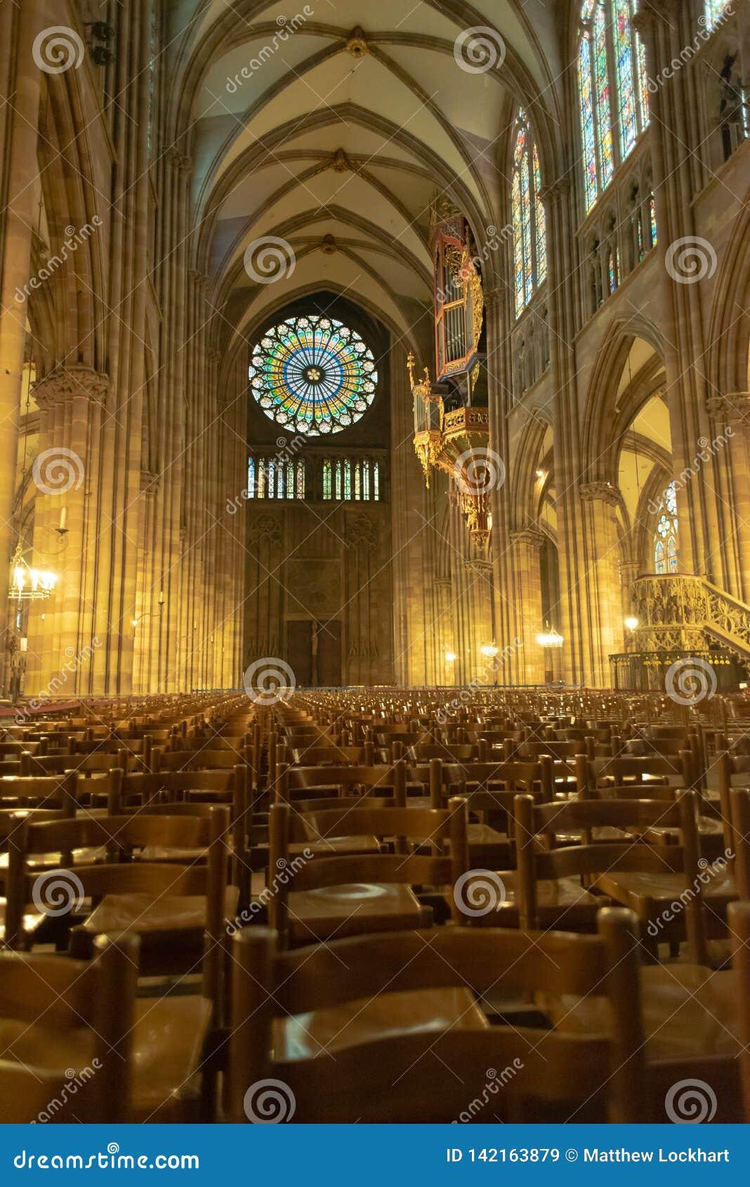 Catedral Notre-Dame interior de Strasbourg