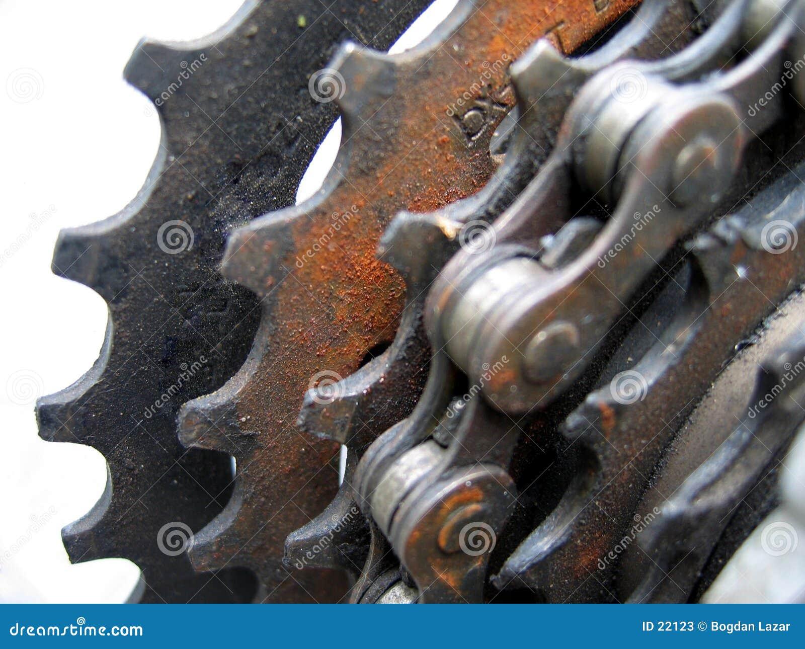 Download Catena ed attrezzi immagine stock. Immagine di sporco, catene - 22123
