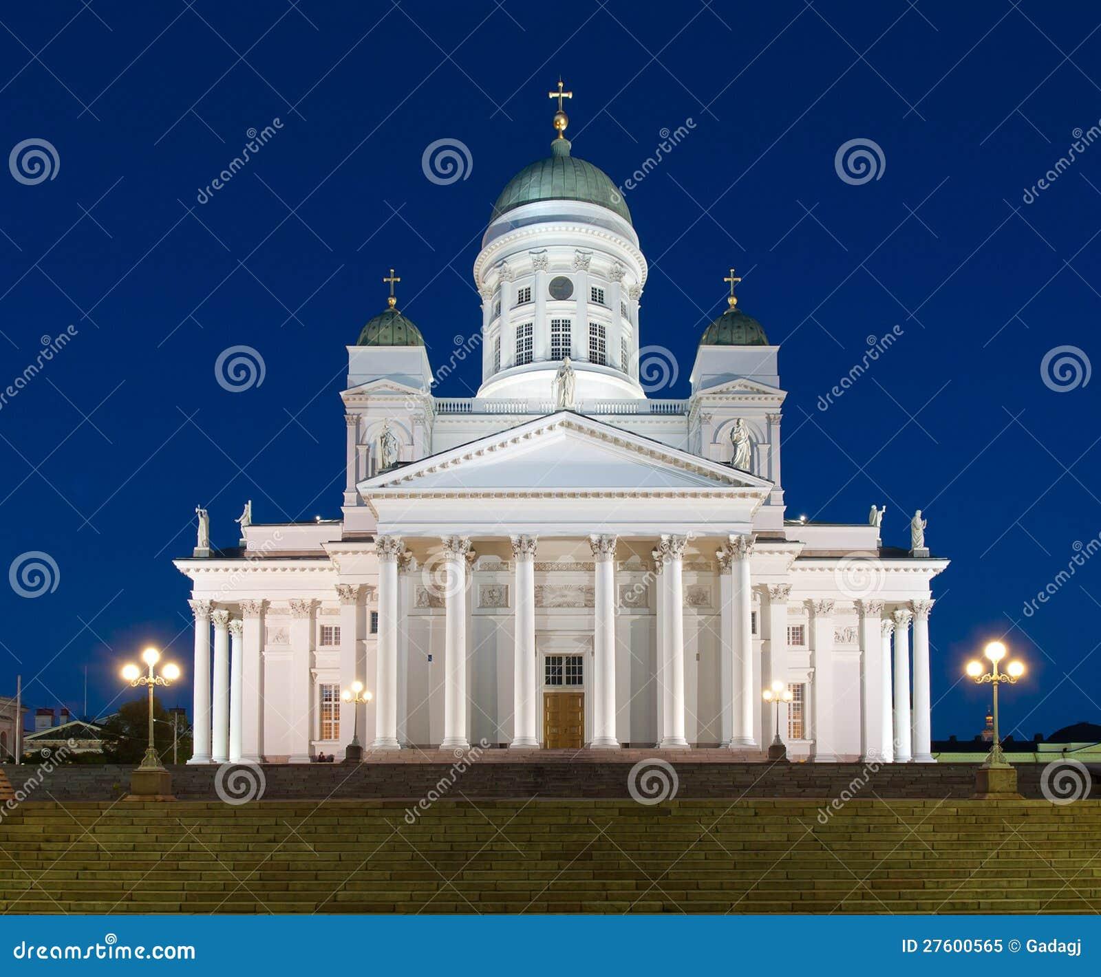 Cathédrale de Helsinki, Finlande, la nuit