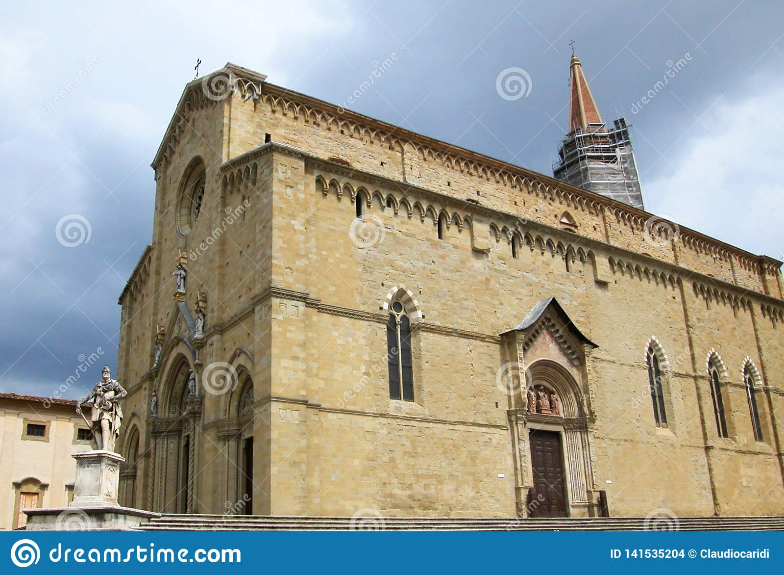 Cathédrale de saint Pietro et Donato, Arezzo, Toscane, Italie