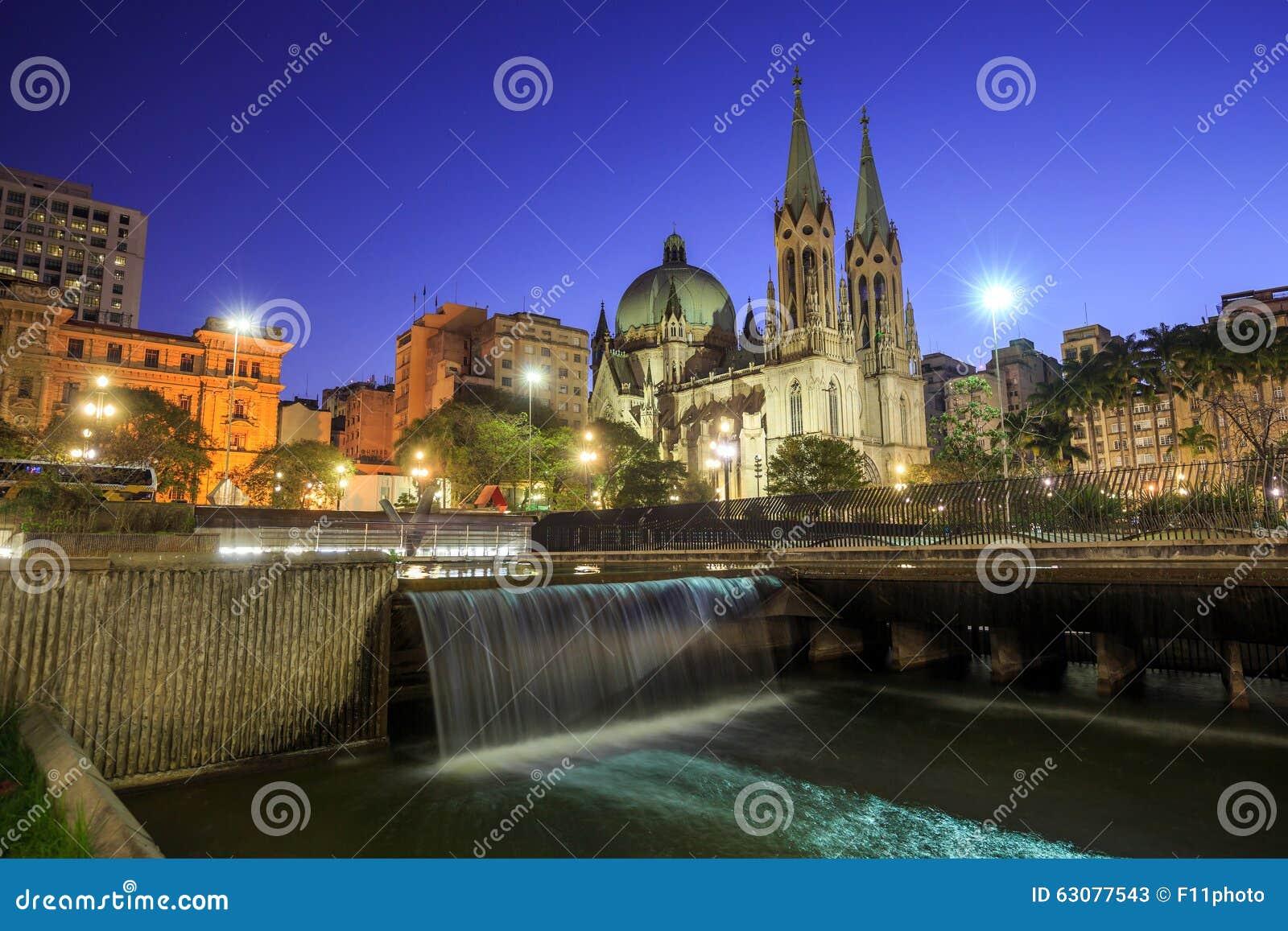 Download Cathédrale De Se Dans Le Sao Du Centre Paulo Brazil Image stock - Image du espace, course: 63077543