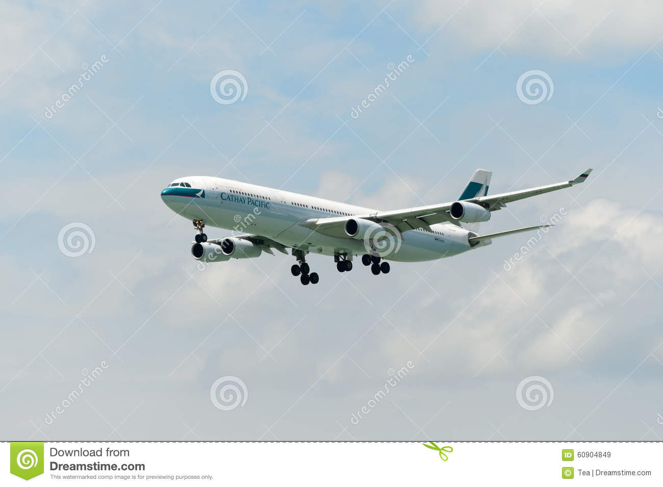 Cathay pacific airbus a340 in hong kong international airport editorial photo cartoondealer - Cathay pacific head office ...