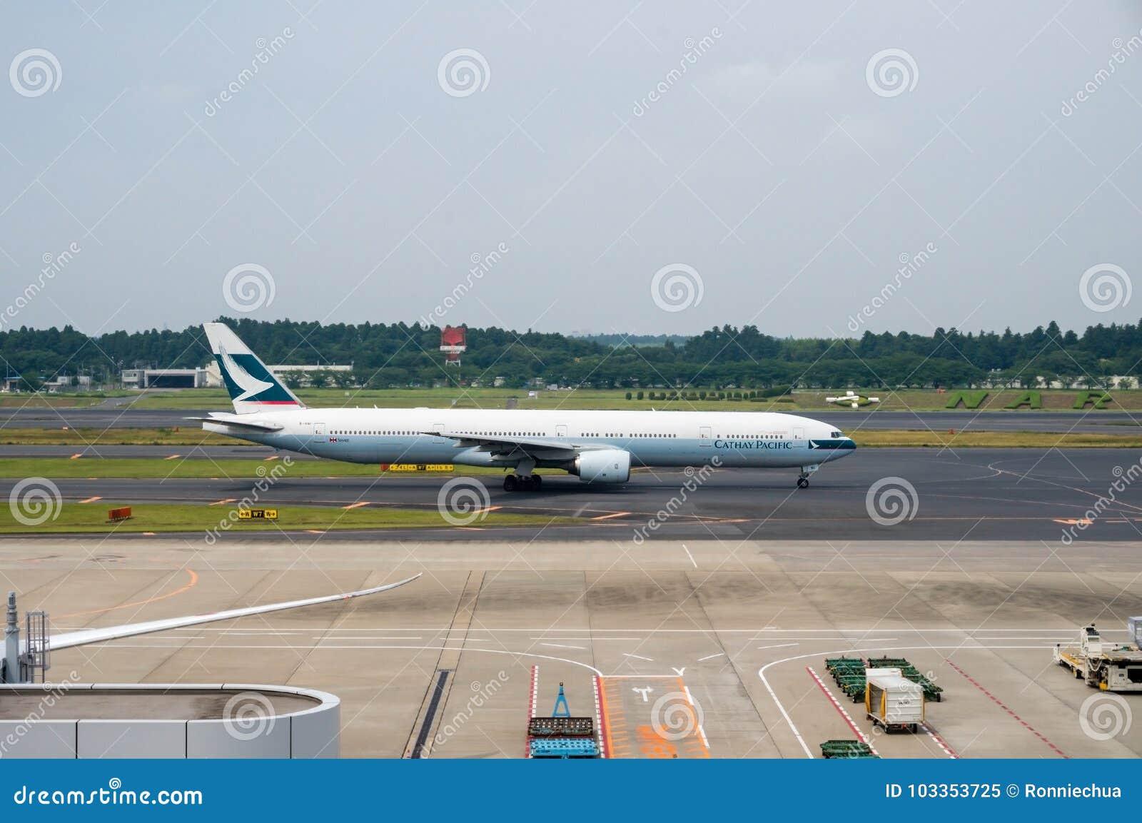 Cathay Pacific Airways op het Tarmac van Narita Luchthaven